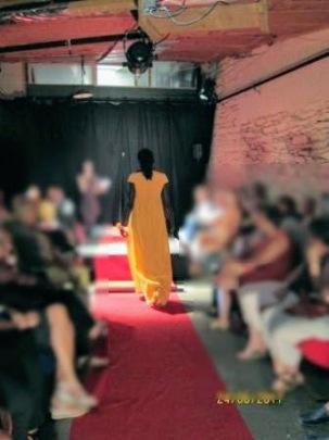 Robe d'après-midi 107 - Burda Style 203
