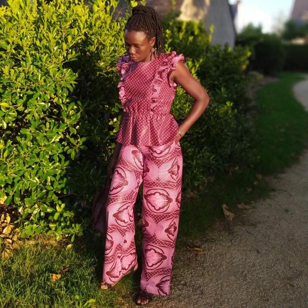 Top Mona Cha Coud et Pantalon Burda Style
