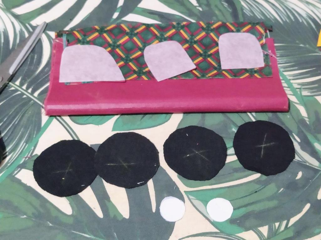 Pochette range-masques, Dodynette, Makerist, customisée par @3petitslutins
